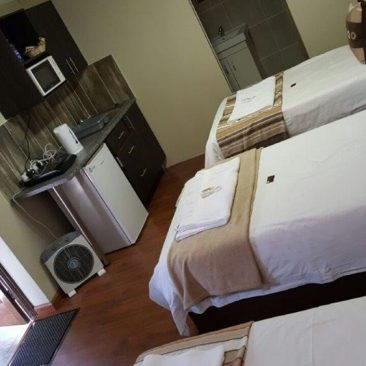 travellers nest guesthouse 48-1000